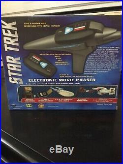Diamond Select Star Trek III Electronic Type II Movie Phaser Sealed