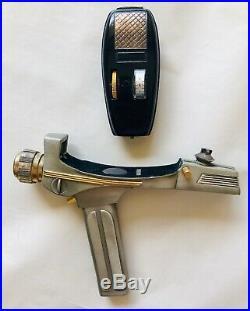 RARE 1995 Limited Edition STAR TREK Franklin Mint PHASER & Stand Movie Prop AFA