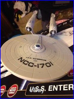 Star Trek U. S. S. Enterprise Detailed 2009 Movie Replica Ship